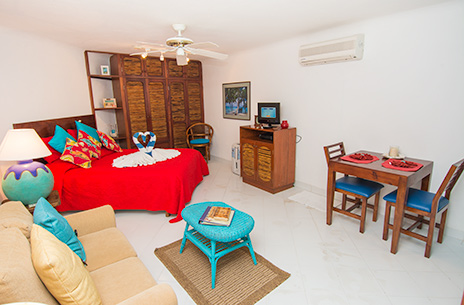 Casita Natasha 1 bedroom Akumal rental bungalow