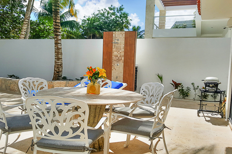 Mayamor patio