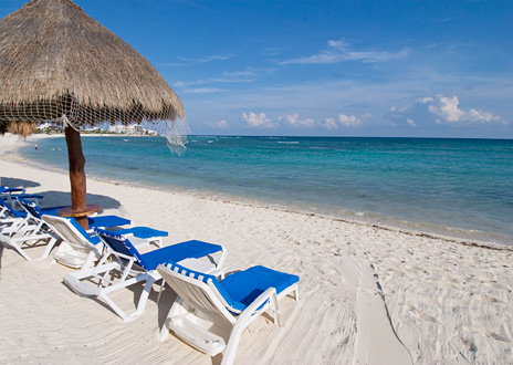 Beach chairs at Playa Caribe Akumal Vacation Rental Condos on Half Moon Bay