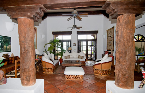 Another ivew of the living area  at  Las Vigas 2 BR Akumal vacation rental property